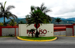 A typical view of a Motel de Paso from the street