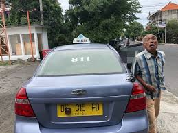 Dishonest PV taxi driver